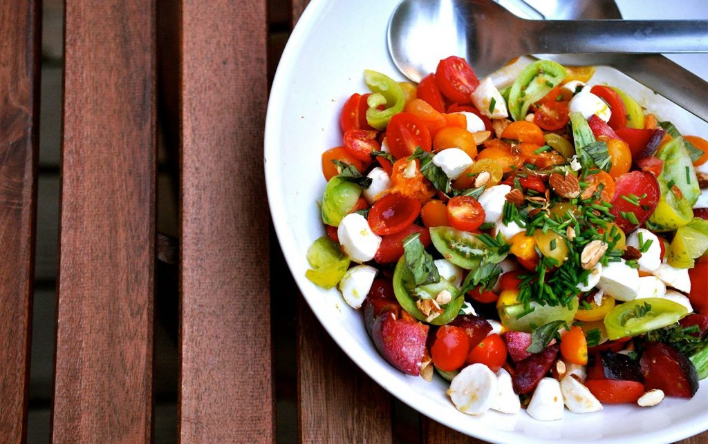 Heirloom-Tomato-&-Plum-Salad