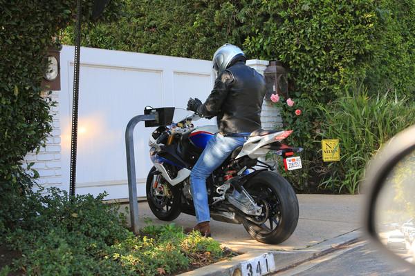 Ben Affleck bike 2