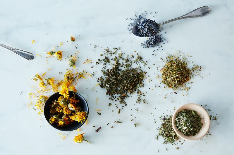 Calendula, comfrey leaf, plantain leaf, lavender, and St. John's wort.