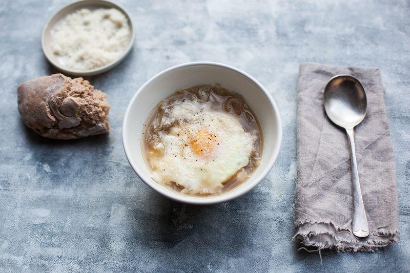 Tuscan Onion Soup (Carabaccia)